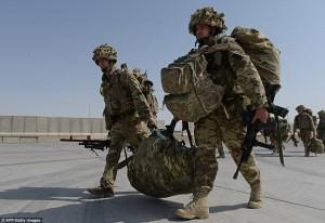 1414421691853_wps_46_British_soldiers_walk_wit